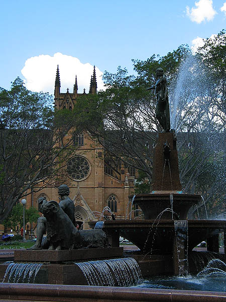 Australia 2004: Hyde Park Fountain and St Marys