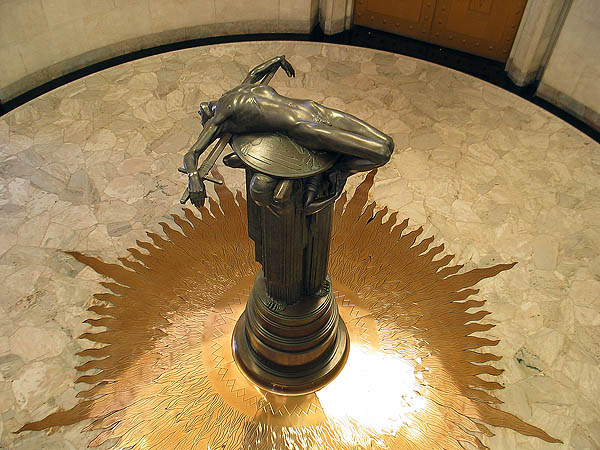Australia 2004: ANZAC War Memorial Sculpture