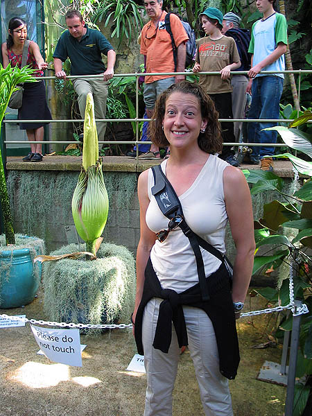 Australia 2004: Botanic Titan Arum and Jane