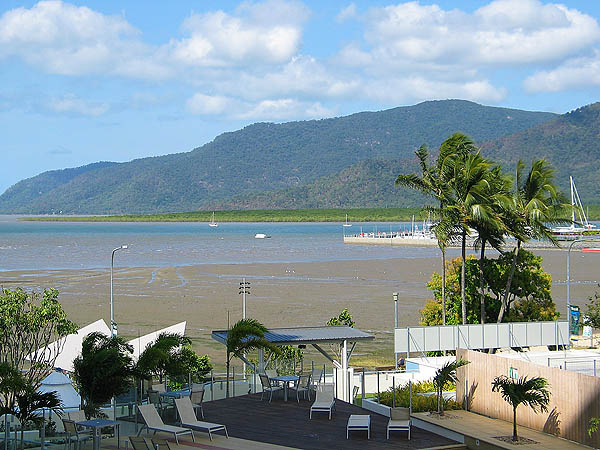 Australia 2004: Cairns View 02
