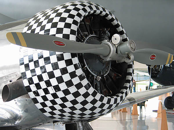 Spruce Goose 2005: Checkered Engine Cowl Closeup