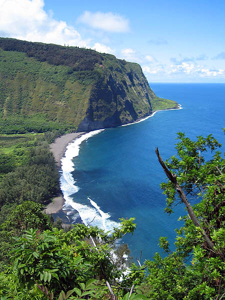Hawaii 2006: Waipio Valley from Above