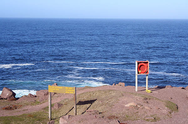 Newfoundland 2005: Cape Spear Lifering