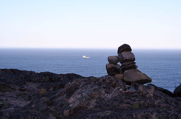 Newfoundland 2005: Rocks and Fishing Vessel