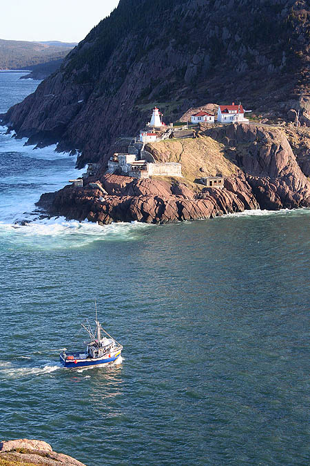 Newfoundland 2005: Fort Amherst and Fishing Vessel