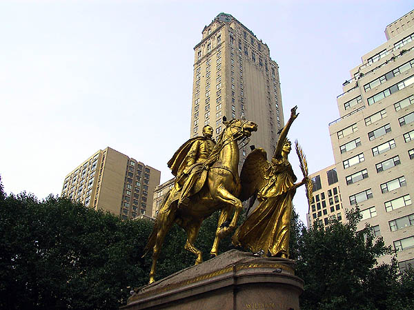 NYC 2002: Sherman Statue