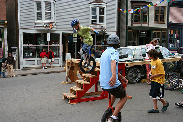 Telluride 2006: Unicycle Trick 2