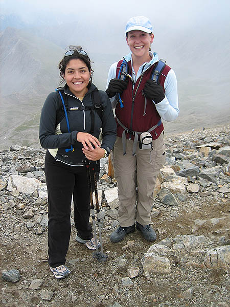 Torreys 2006: Claudia and Jane on Grays
