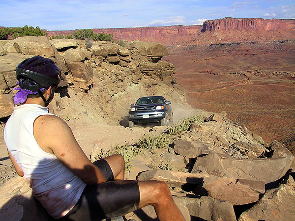 White Rim 2001: Day 2: Scotts Truck on Murphys Hogback
